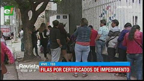 Largas filas se registran en el TED de Santa Cruz para tramitar certificados de impedimento
