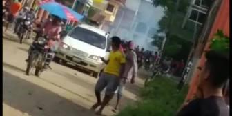 Ver video – #YapacaníEnfrentamientosy tensión en esta zona.Reproducir video