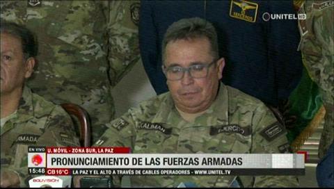 FFAA piden la renuncia de Evo Morales
