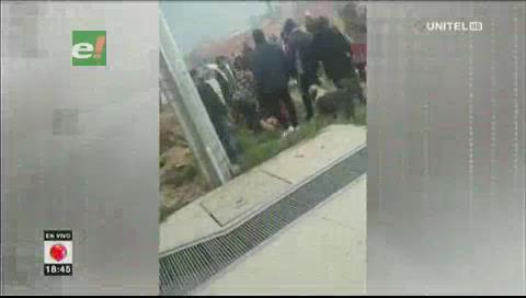 Turba de manifestantes saquea Avícola Sofía en El Alto
