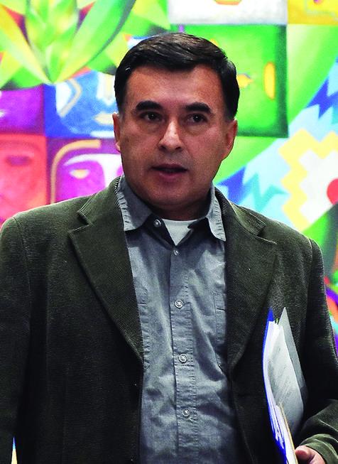 Quintana deja el país desde El Trompillo