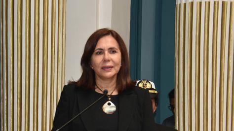 Sacan de Bolivia a 725 cubanos y se alista cese de funcionarios en la embajada en Venezuela