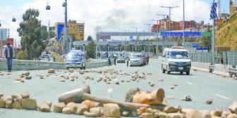 El Alto: Organizaciones de vecinos se rebelan contra sus dirigentes y piden trabajar