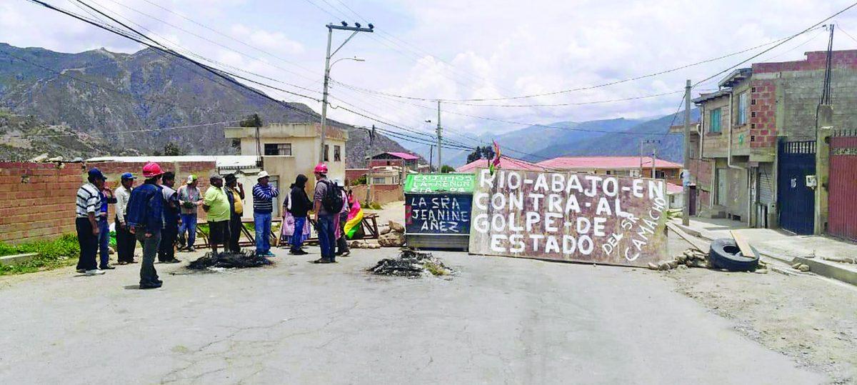 Jupapina y zonas de Río Abajo, cercadas sin alimentos ni gasolina - eju.tv