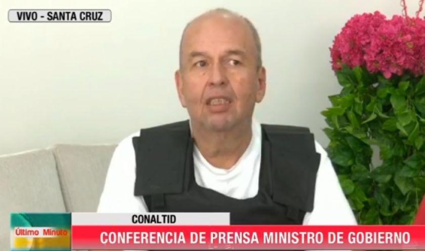 Rescatan a la familia del Ministro de Gobierno que estaba atrapada en el Chapare