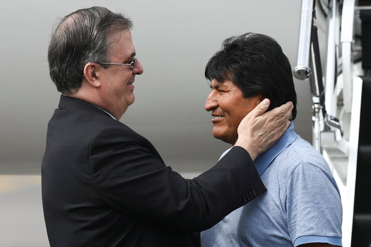 «Se marchó por la puerta trasera»: el durísimo video sobre Evo Morales por su paso por México