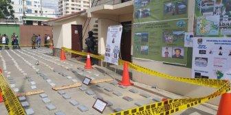 Secuestran droga y propiedades de narcotraficantes valuados en más de $us 1 millón en Cochabamba