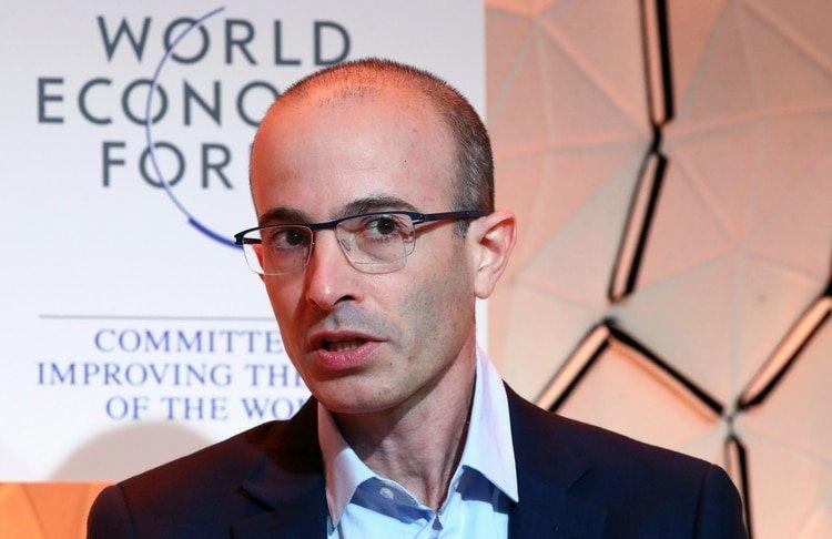 Yuval Noah Harari de la Universidad Hebrea de Jerusalem participó del World Economic Forum (WEF) en Davos, Suiza (Reuters)