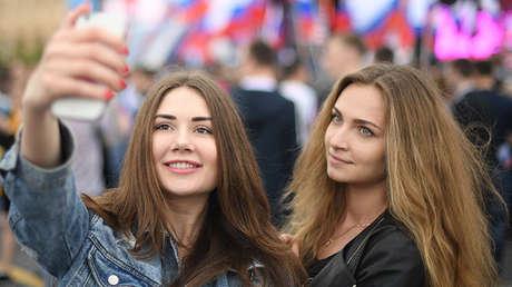 ¿Por qué los hombres latinoamericanos adoran a las chicas rusas?