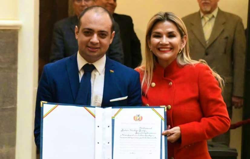 Áñez nombra «embajador» para la Ciencia, Tecnología e Innovación ...