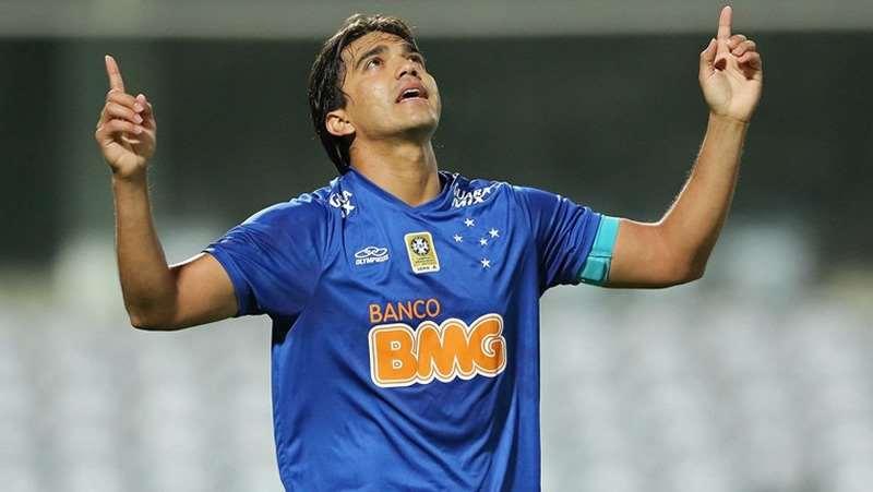 Marcelo Martins volverá a vestir la camiseta de la Raposa en su tercer ciclo. Foto. Internet