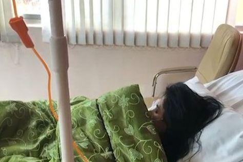 Lorgia Fuentes, internada en un hospital por un problema de salud.