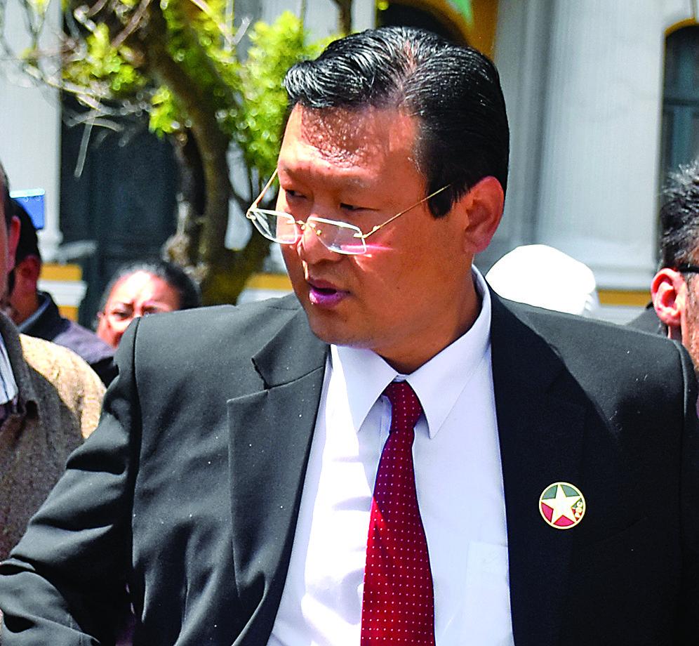 Chi ofrece a Camacho candidatura a plurinominal en Chuquisaca
