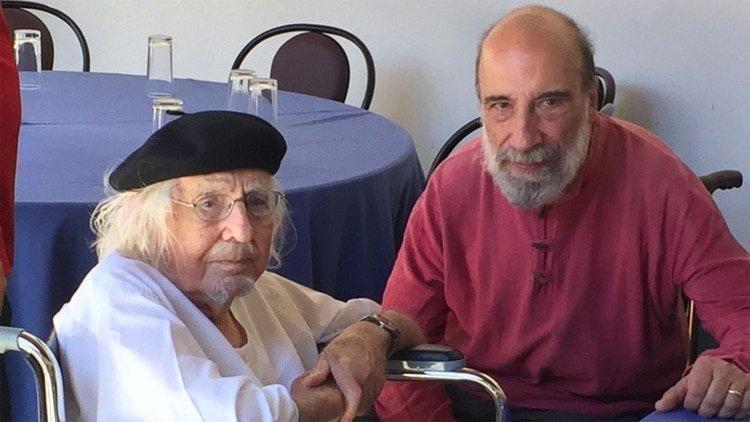 Ernesto Cardenal junto al poeta chileno Raúl Zurita