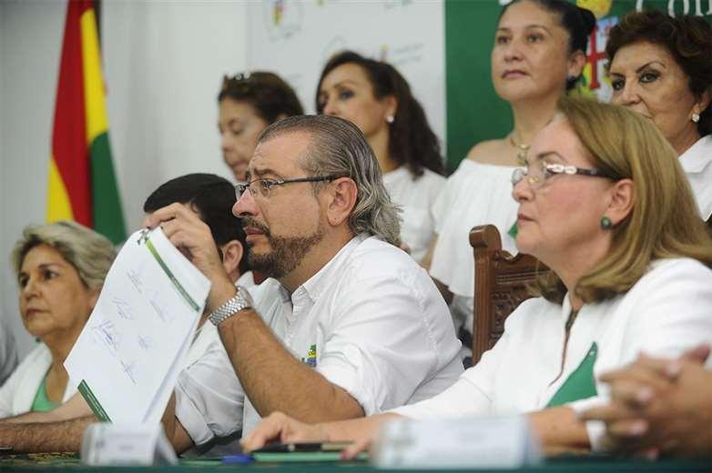 El Comité pro Santa Cruz se reunió en febrero con los líderes políticos y candidatos. Foto: JORGE IBÁÑEZ/ARCHIVO