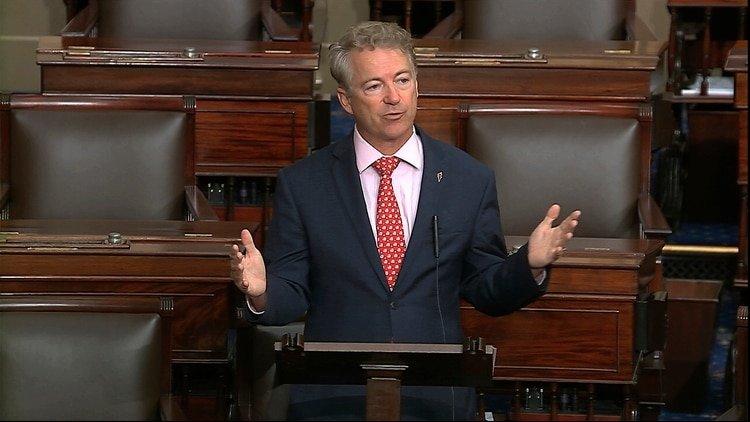 El senador Rand Paul (republicano por Kentucky) en el Senado en Washington, 18 de marzo del 2020. (Foto tomada del video del Senado, via AP)