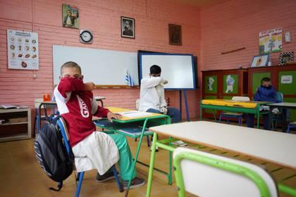 Las autoridades remarcaron la importancia de que se sigan respetando las medidas de distanciamiento social (REUTERS/Mariana Greif)