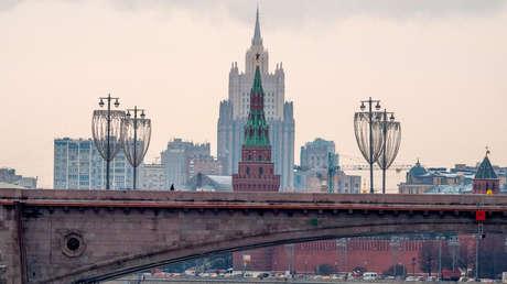 """Rusia: """"EE.UU. puede contar con que Moscú no satisfará su deseo de invitar a China a negociaciones sobre un tratado de armas estratégicas"""""""