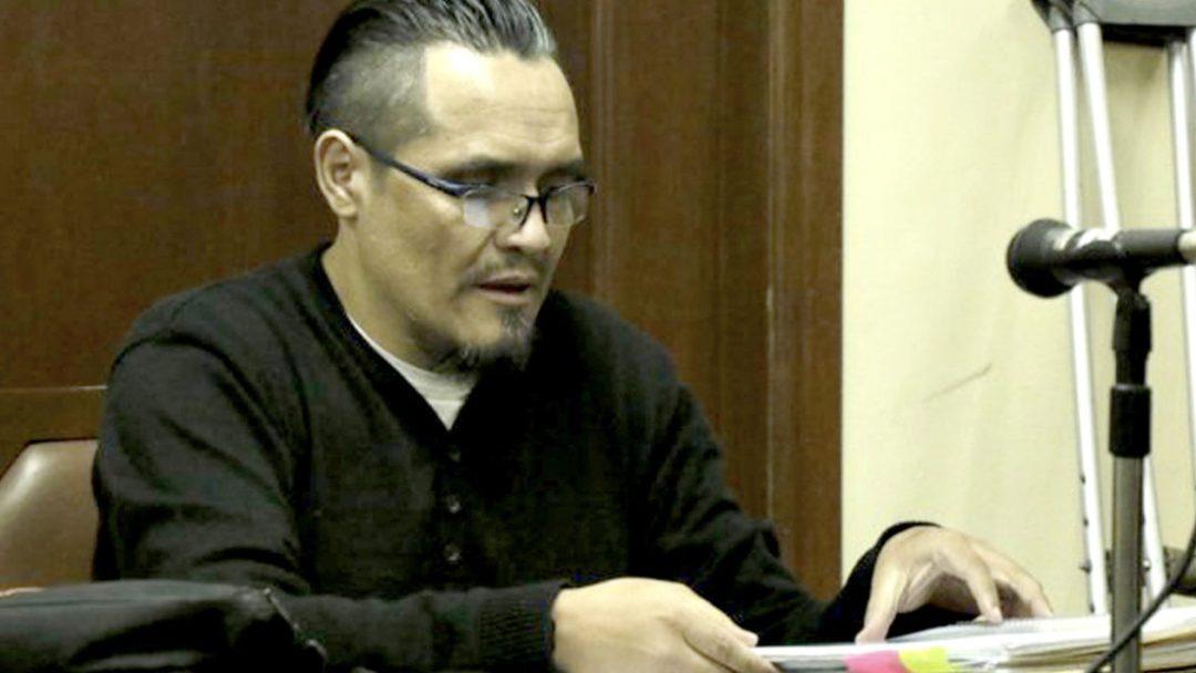 """Jhasmani T., conocido como el """"abogado torturador"""", en una audiencia. APG"""