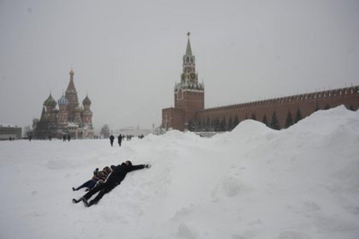 La Plaza Roja de Moscú, bajo la nieve
