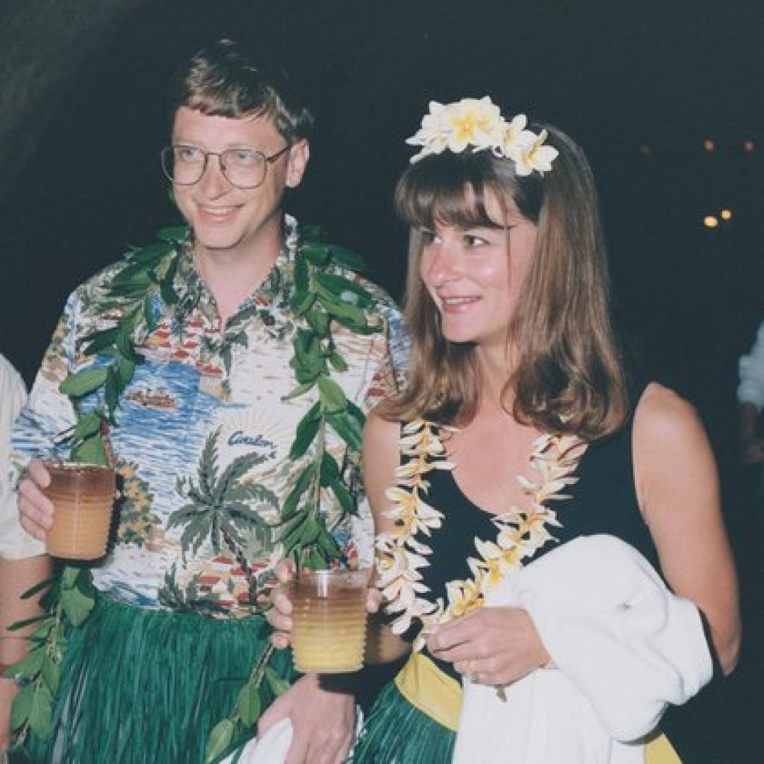 Durante un cumpleaños de Bill con temática  hawaiana (Foto: Instagram@melindafrenchgates)
