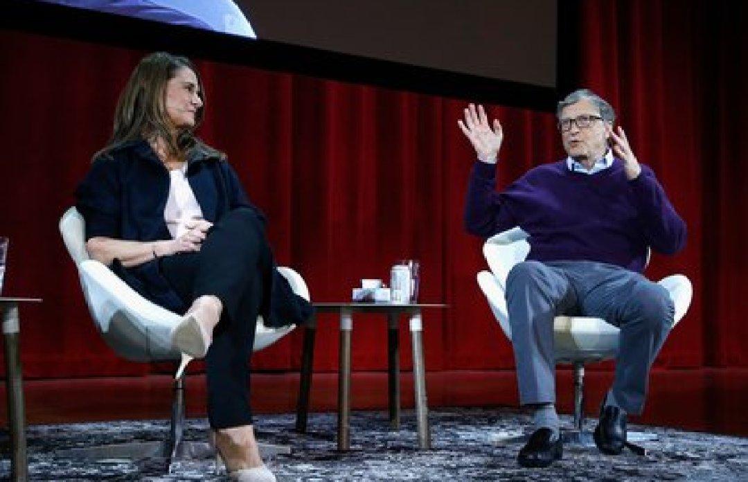 Melinda Gates y Bill Gates durante un conferencia en el Hunter College en la ciudad de Nueva York (Foto: AFP)