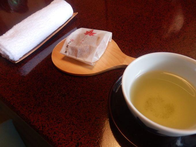 岩惣 お茶菓子 藤い屋 もみじ饅頭