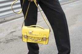 Sunny-pin-bag