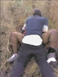 Durban teacher (49) CAUGHT having S-E-X with 17 year old student in a Cemetery