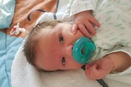 Babyupdate: de kraamweek, drinken, slapen en Max als grote broer
