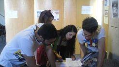 Εθελοντές στο έργο τους
