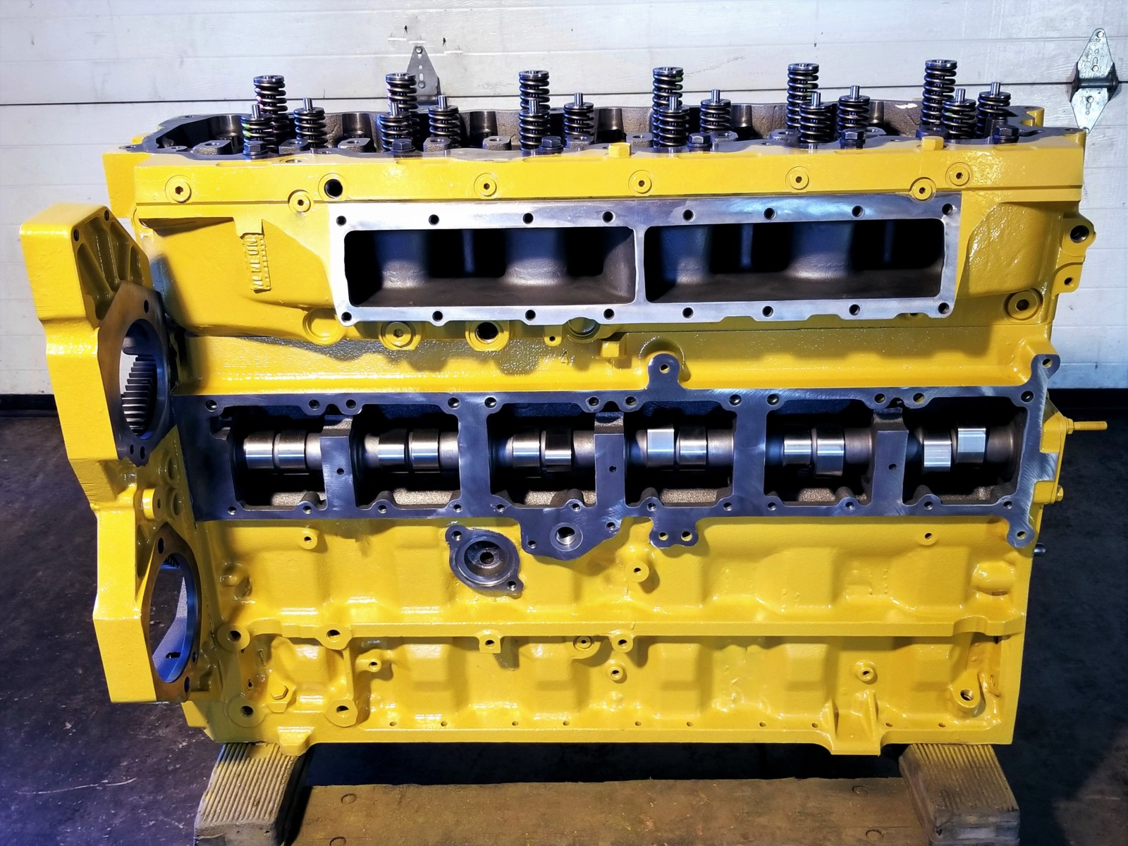 CAT C7 CATERPILLAR LONG BLOCK ENGINE - NEW GENUINE CATERPILLAR - NOT A REMAN