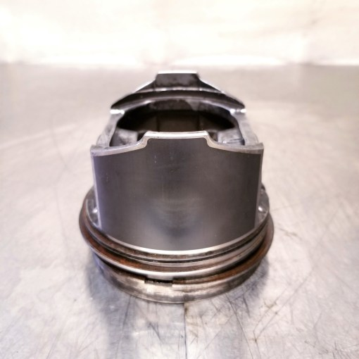 Kubota V3300 Cylinder Piston D