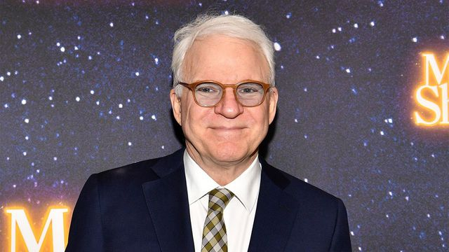 steve-martin-shares-the-hilarious-way-he's-coping-with-wearing-a-mask-amid-the-covid-19-pandemic
