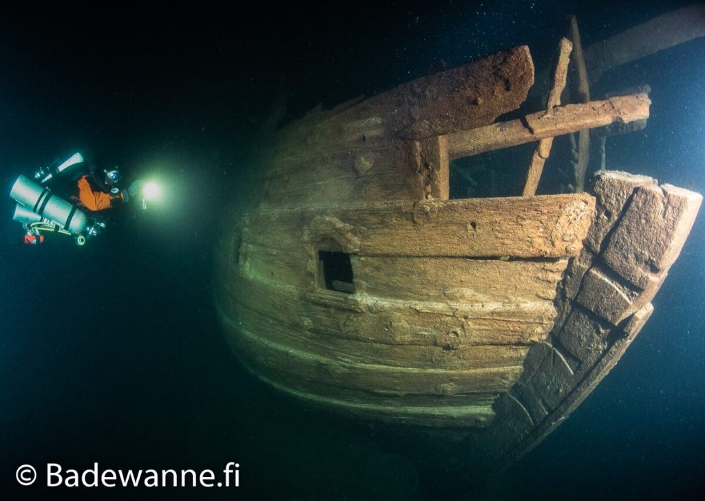 17th-century-merchant-ship-discovered-in-the-baltic