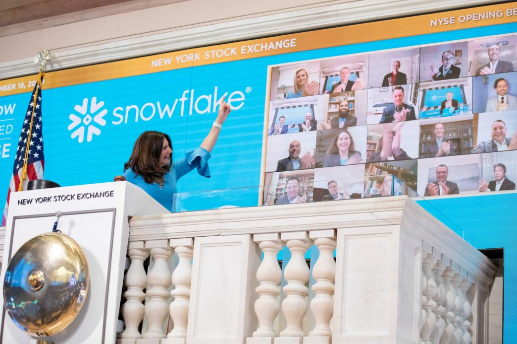 snowflake-shares-tumble-10%-a-day-after-ipo-surge