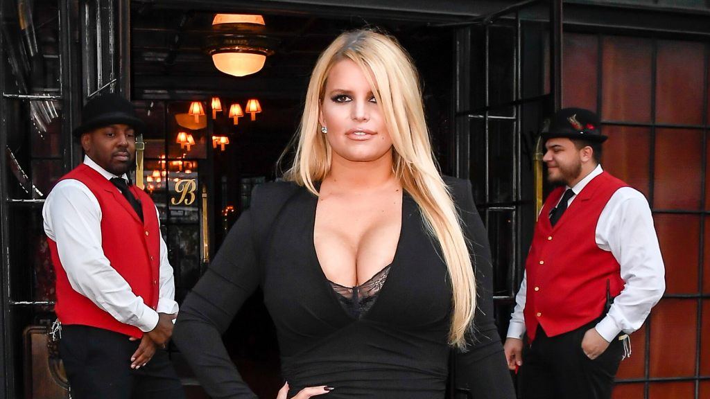 Jessica Simpson shows off her 'quarantine date nights' look: 'No pants required'
