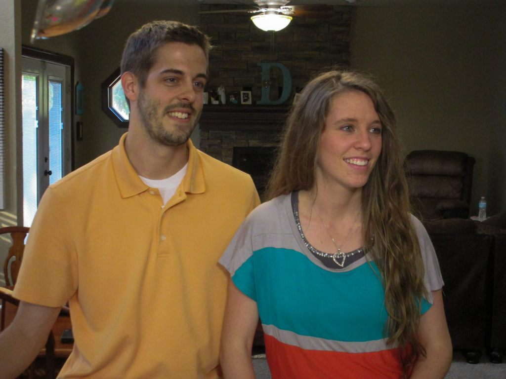 Jill Duggar says she's 'distancing' herself from family: 'We're not on the best terms'