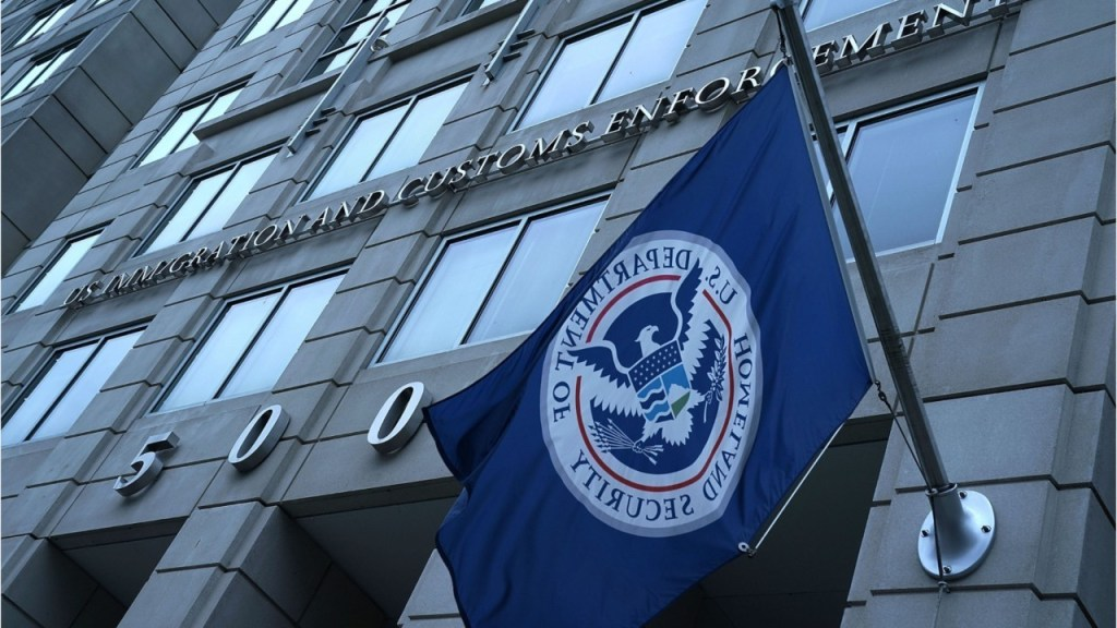 ICE says illegal immigrants it arrested in FY 2020 had average of four criminal convictions, charges each