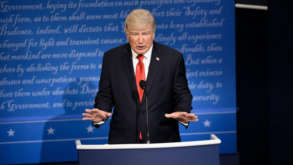 Alec Baldwin, posing as President Trump, delivers spoof farewell address
