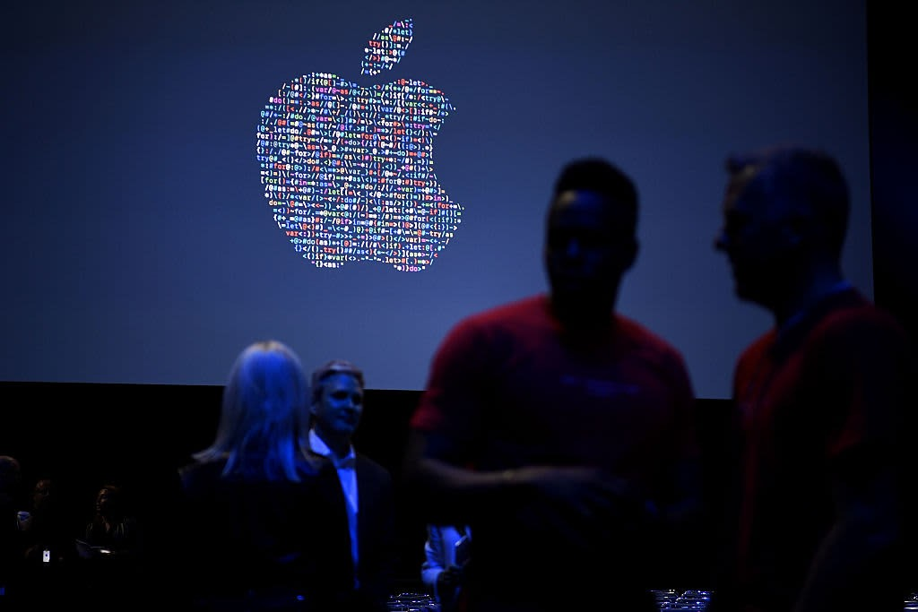Apple invests $10 million in Harlem Capital VC firm