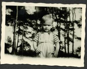 ekke very young
