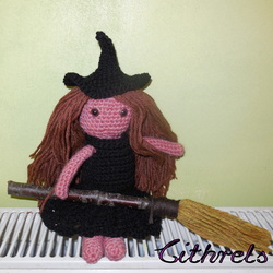 The Serial Crocheteuses n°184: Sorcière ou Pirate