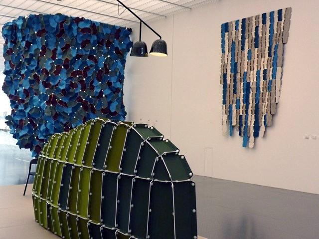 expositions les fr res bouroullec le design au service. Black Bedroom Furniture Sets. Home Design Ideas