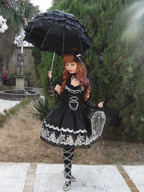 Gothic lolita  Kagamine Monica