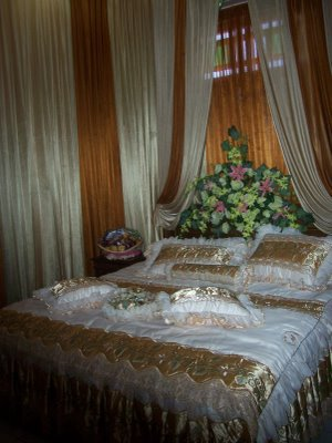 Aneka Bentuk dekor pengantin  termurah di kota SEMARANG