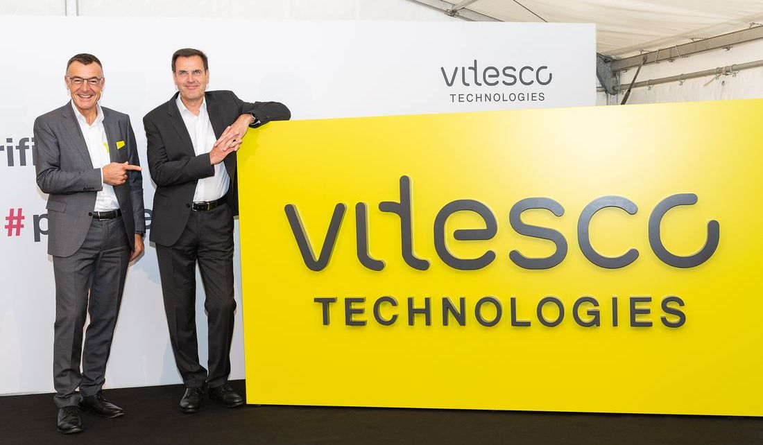 Vitesco_Technologies_CEO_Andreas_Wolf_&_CFO_Werner_Volz