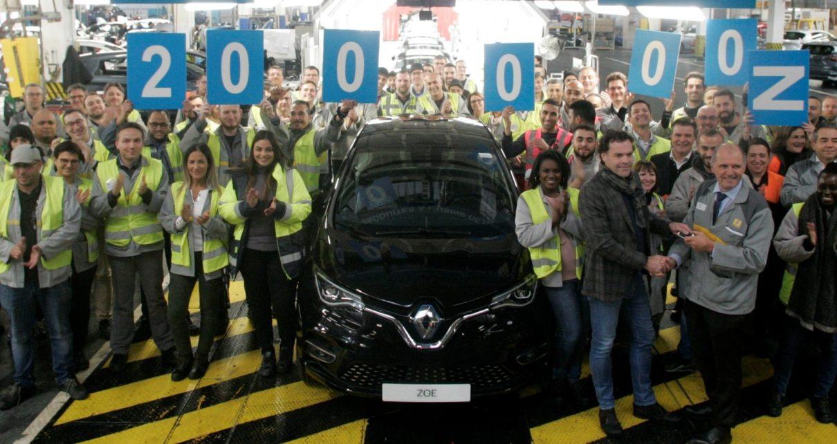 200 000 vyrobenych elektromobilu Renault ZOE