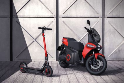 SEAT-creates-a-business-unit-to-promote-urban-mobility-and-presents-its-e-Scooter-concept-_02_HQ