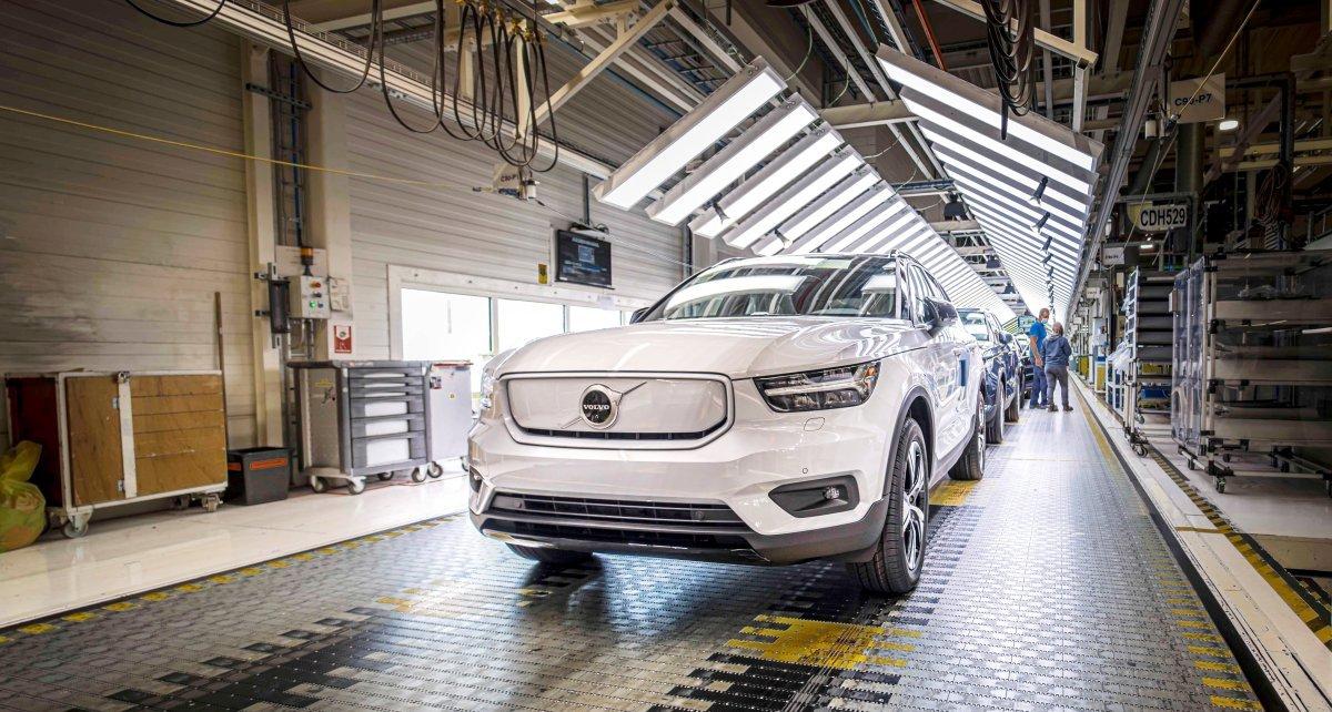 Volvo_XC40_Recharge-zahajeni_vyroby- (1)